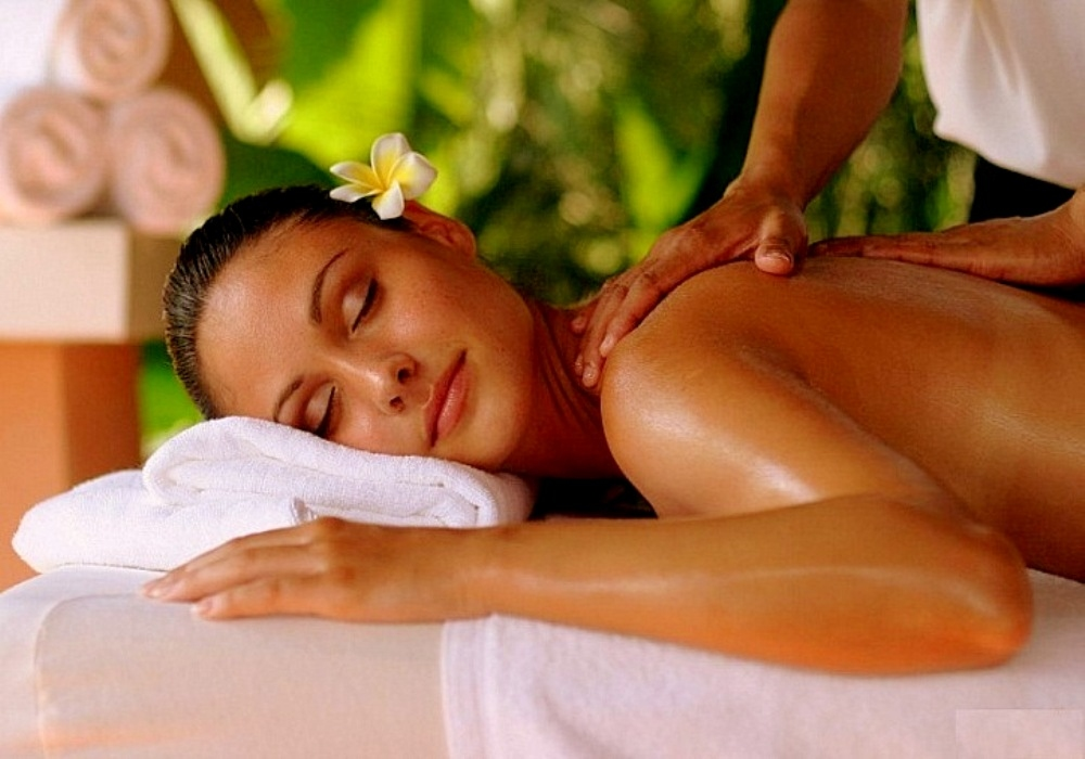 Почему стоит попробывать чувственный массаж