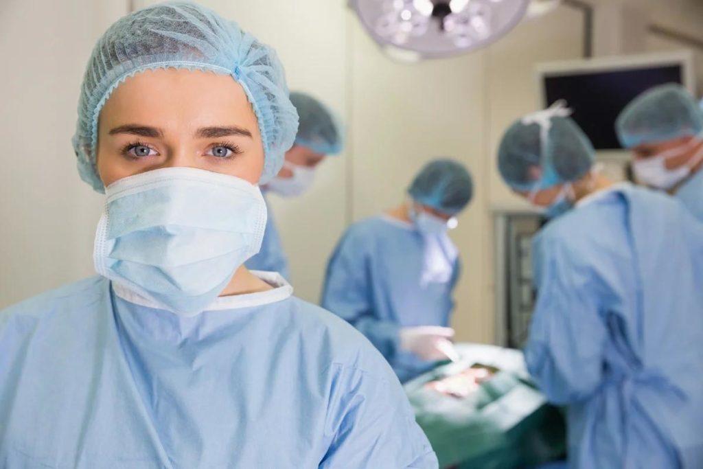 Допуск работников к медицинской или фармацевтической деятельности без сертификата или свидетельства в 2021 году